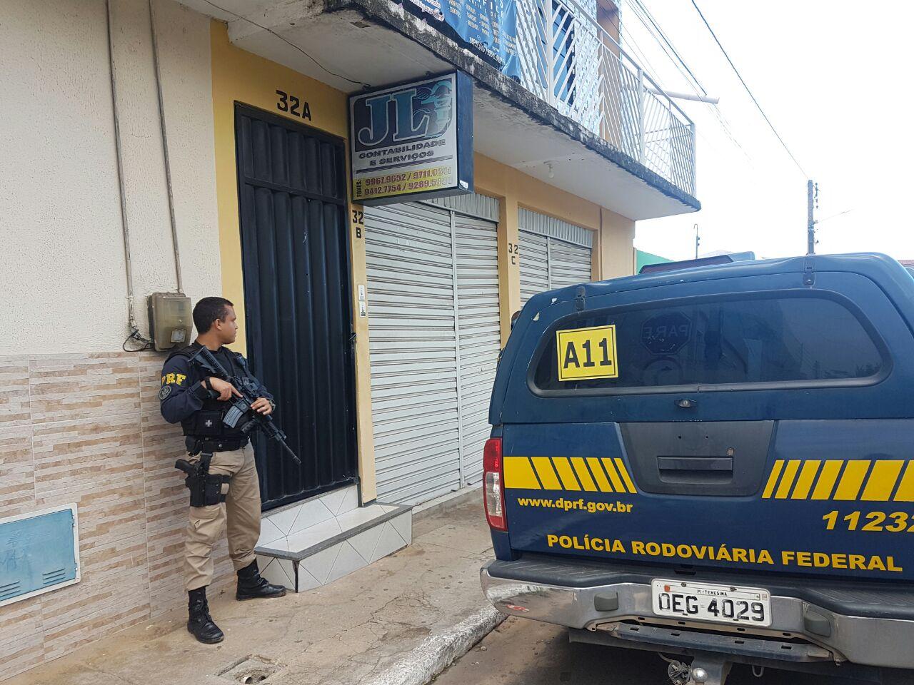 Operação Escamoteamento - PRF desarticula grupo que desviou recursos de município piauiense