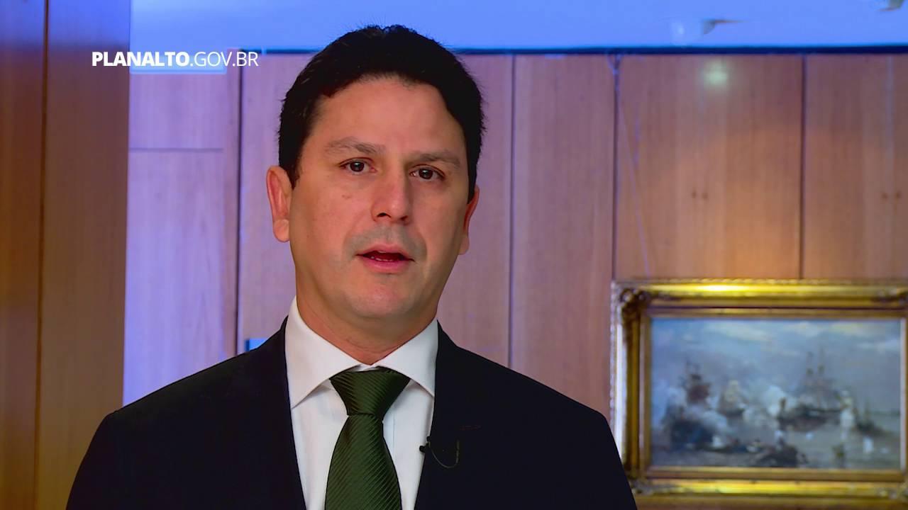 Reforma ministerial vai atingir 17 pastas, afirma Romero Jucá