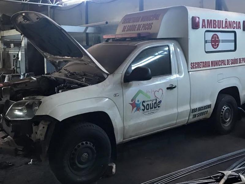 Ambulância quebra em Picos