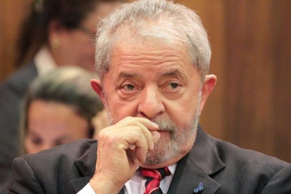 MPF apresenta recurso para tentar aumentar pena de Lula no caso tríplex