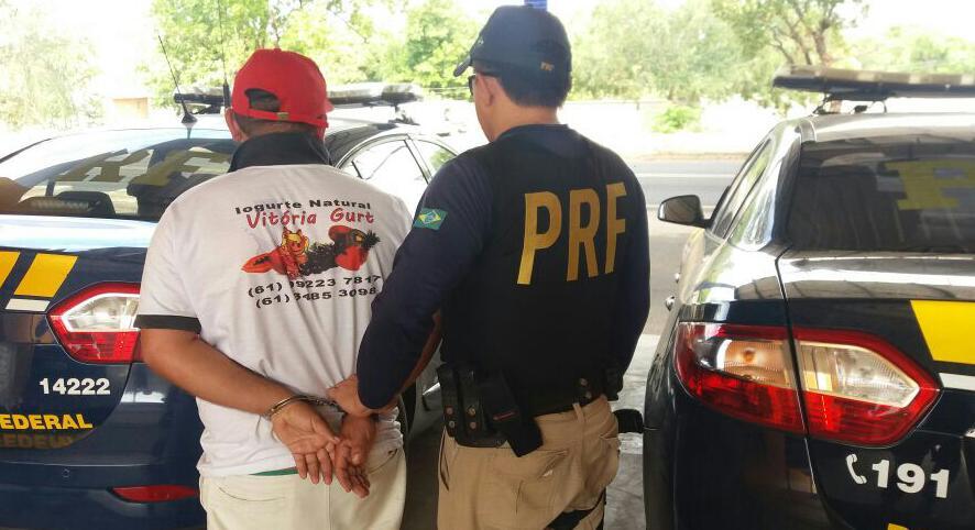 PRF Homem é preso portando uma CNH falsa em Floriano neste sábado (22).