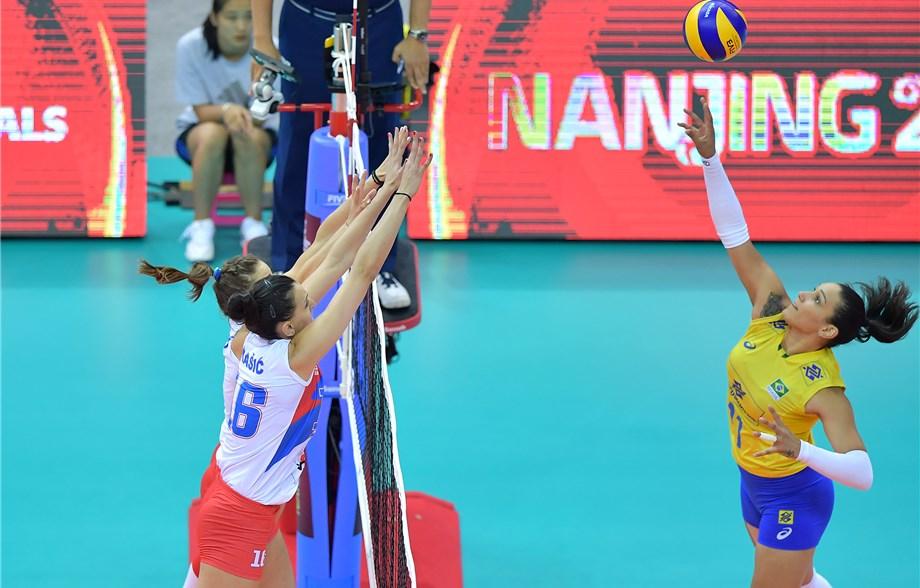 Vitória contra Sérvia classifica Brasil para final contra Itália.