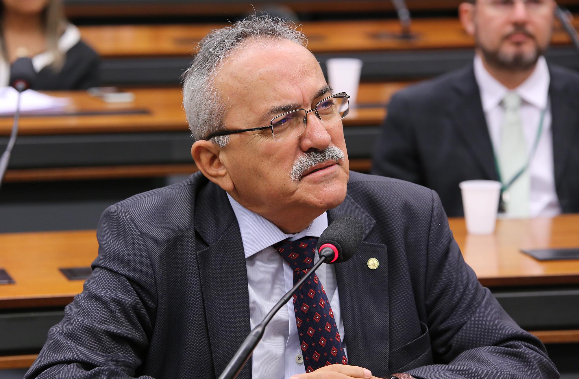 Deputado Federal Átila Lira (PSB-PI)