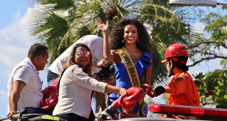 Miss Universo 2018 Quem Ganhou >> Monalysa Alcântara é recepcionada com carreata pelas ruas de Teresina- Viagora