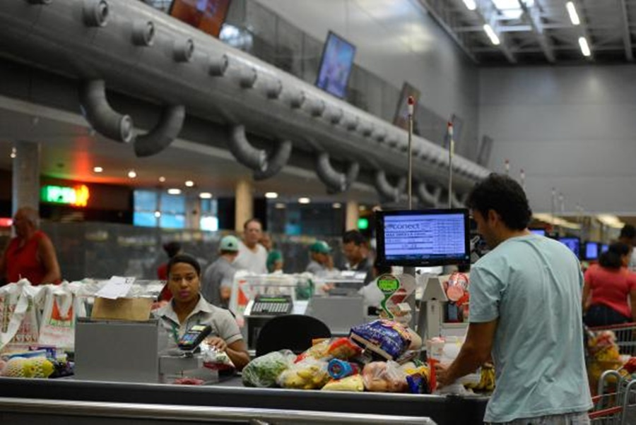 IPCA para 2017 previsto pelo Focus cai para 3,45%