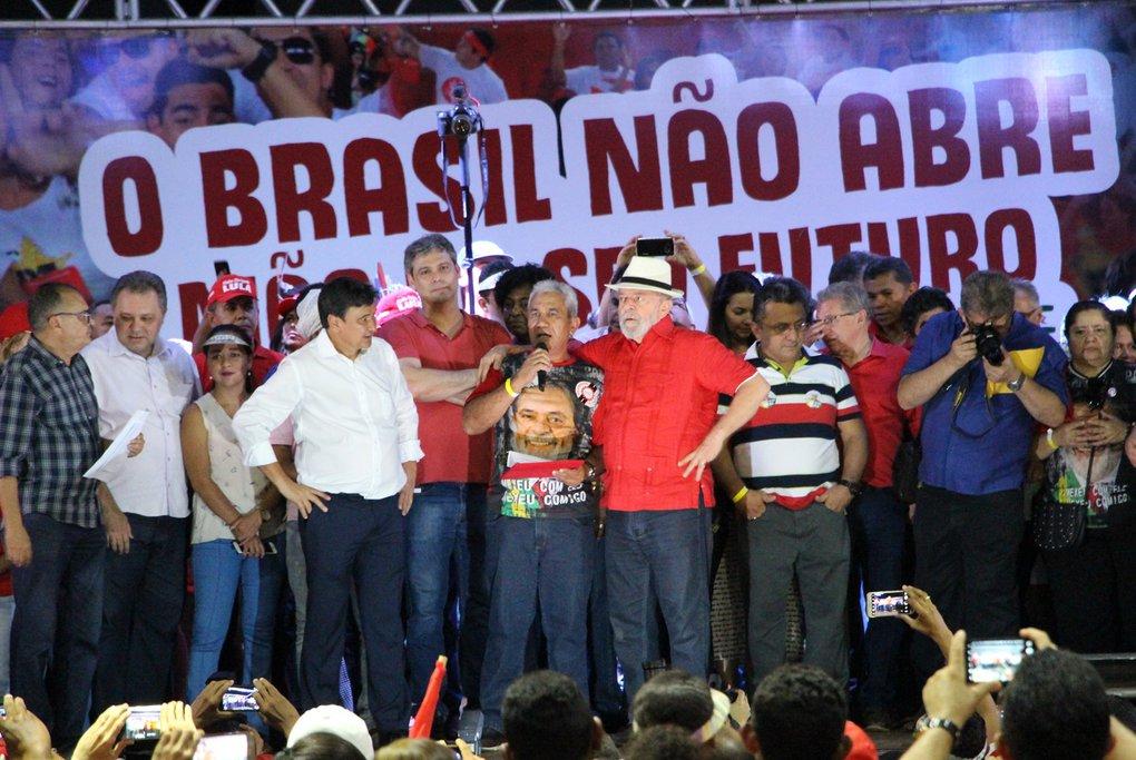 Lula encerra caravana como pré-candidato pelo nordeste brasileiro