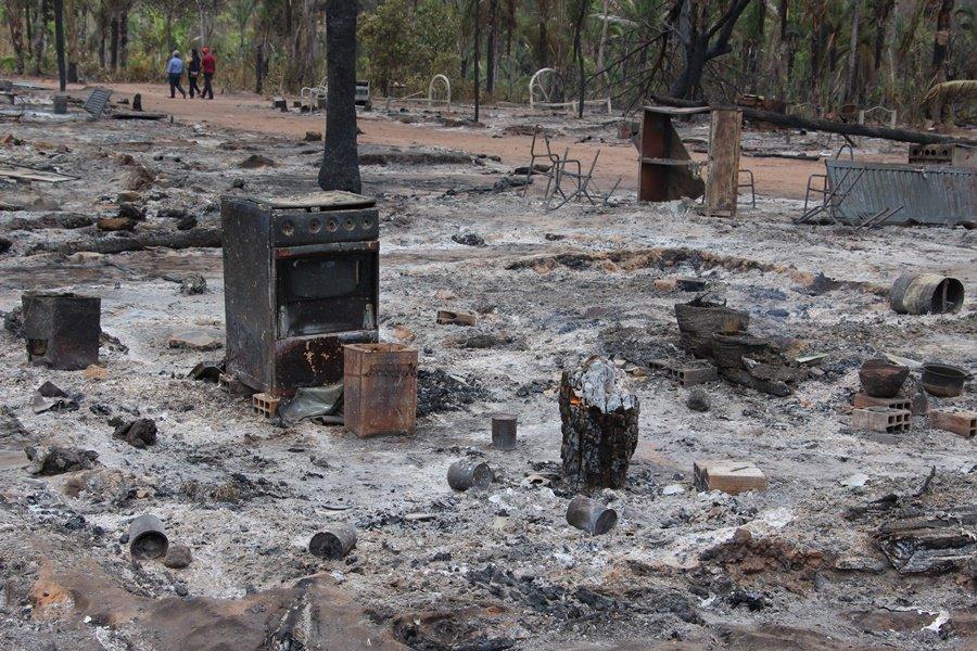Criança de 2 anos morre em incêndio na zona rural de Teresina