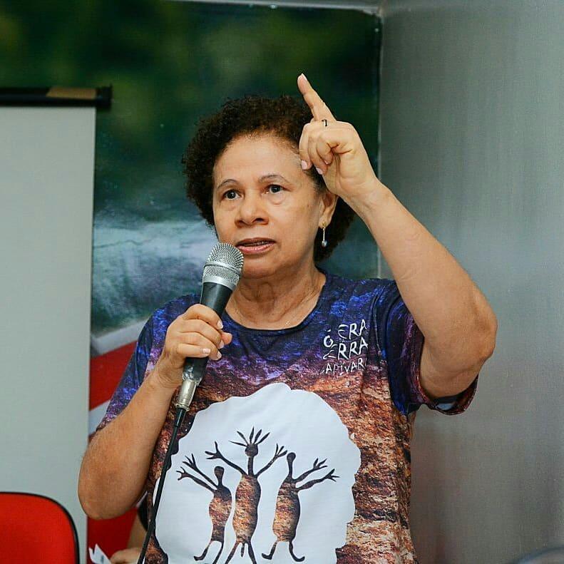 Regina Sousa.