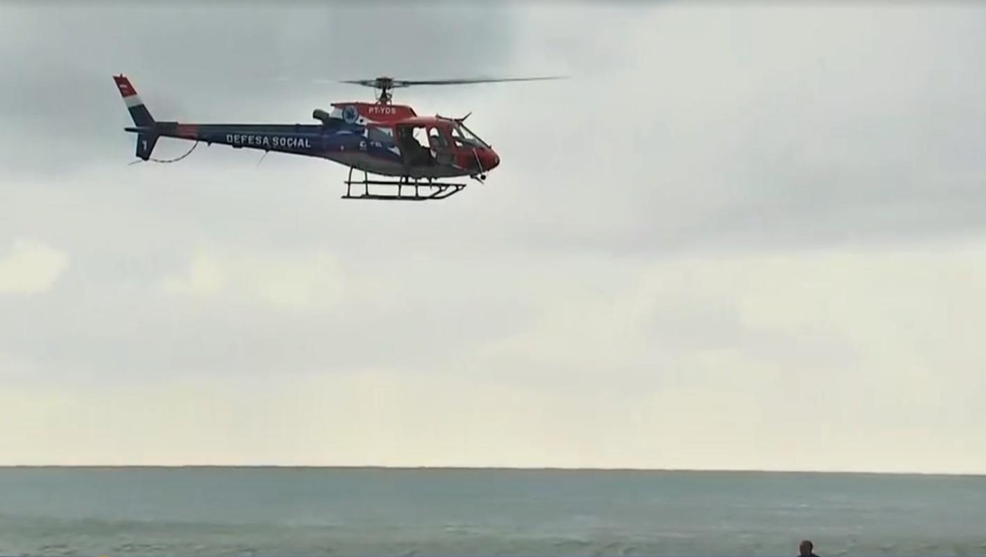 Helicóptero da Globo cai em Recife e provoca mortes