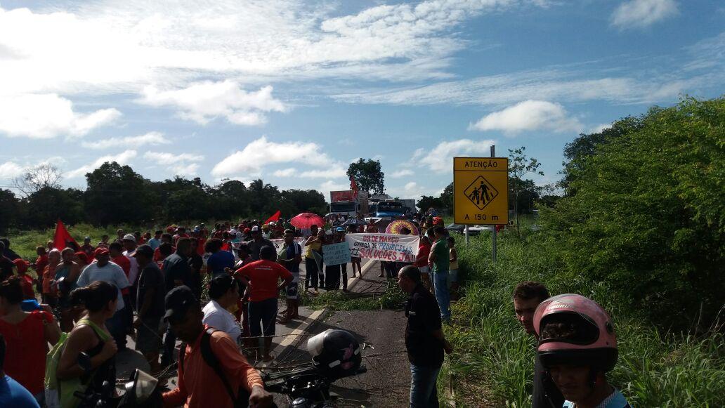 Trabalhadores protestam em São Paulo contra reforma da Previdência