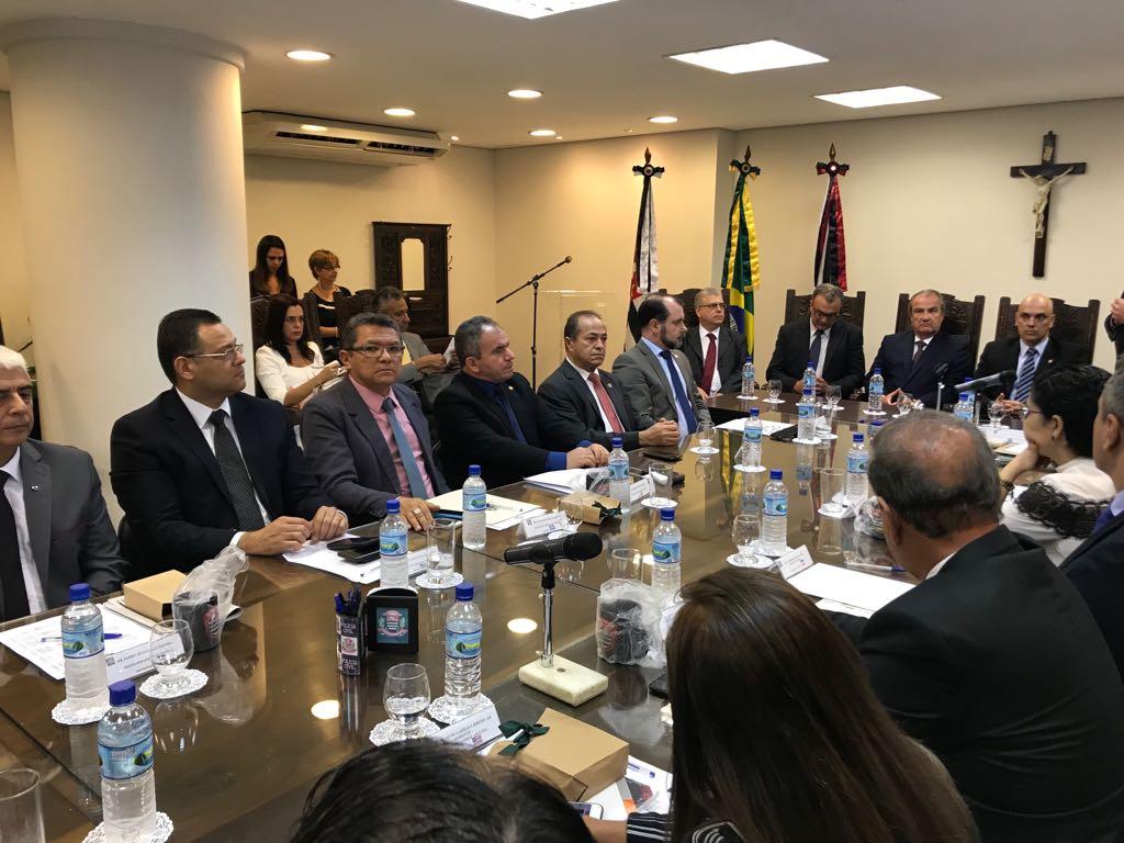 Temer discute medidas de segurança pública com Alexandre de Moraes