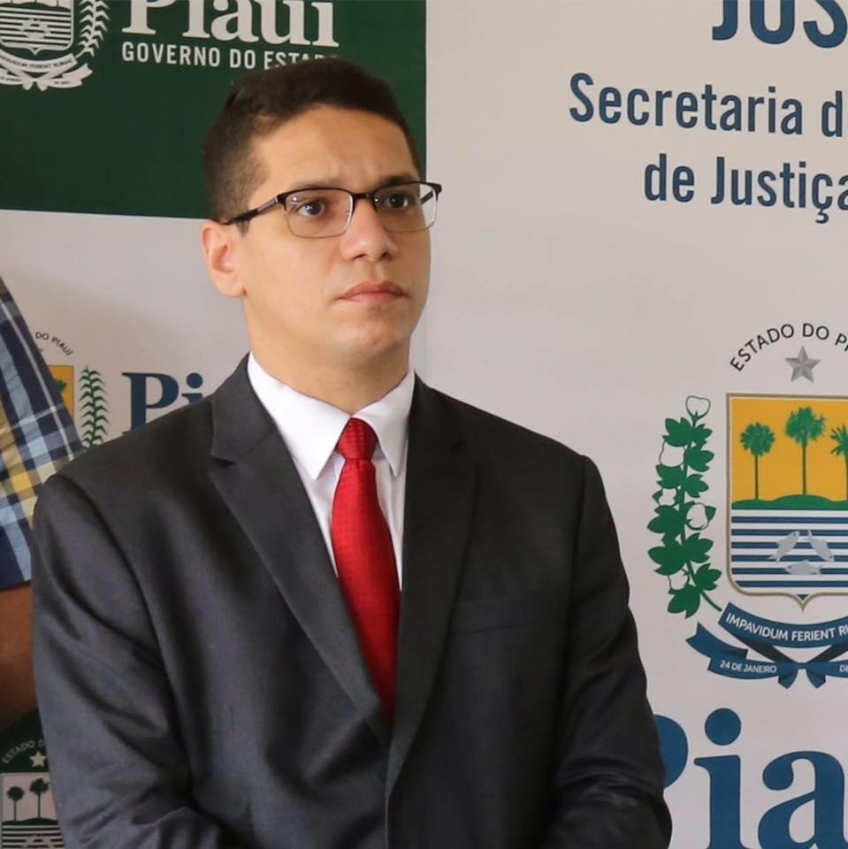 Secretário de Segurança Daniel Oliveira