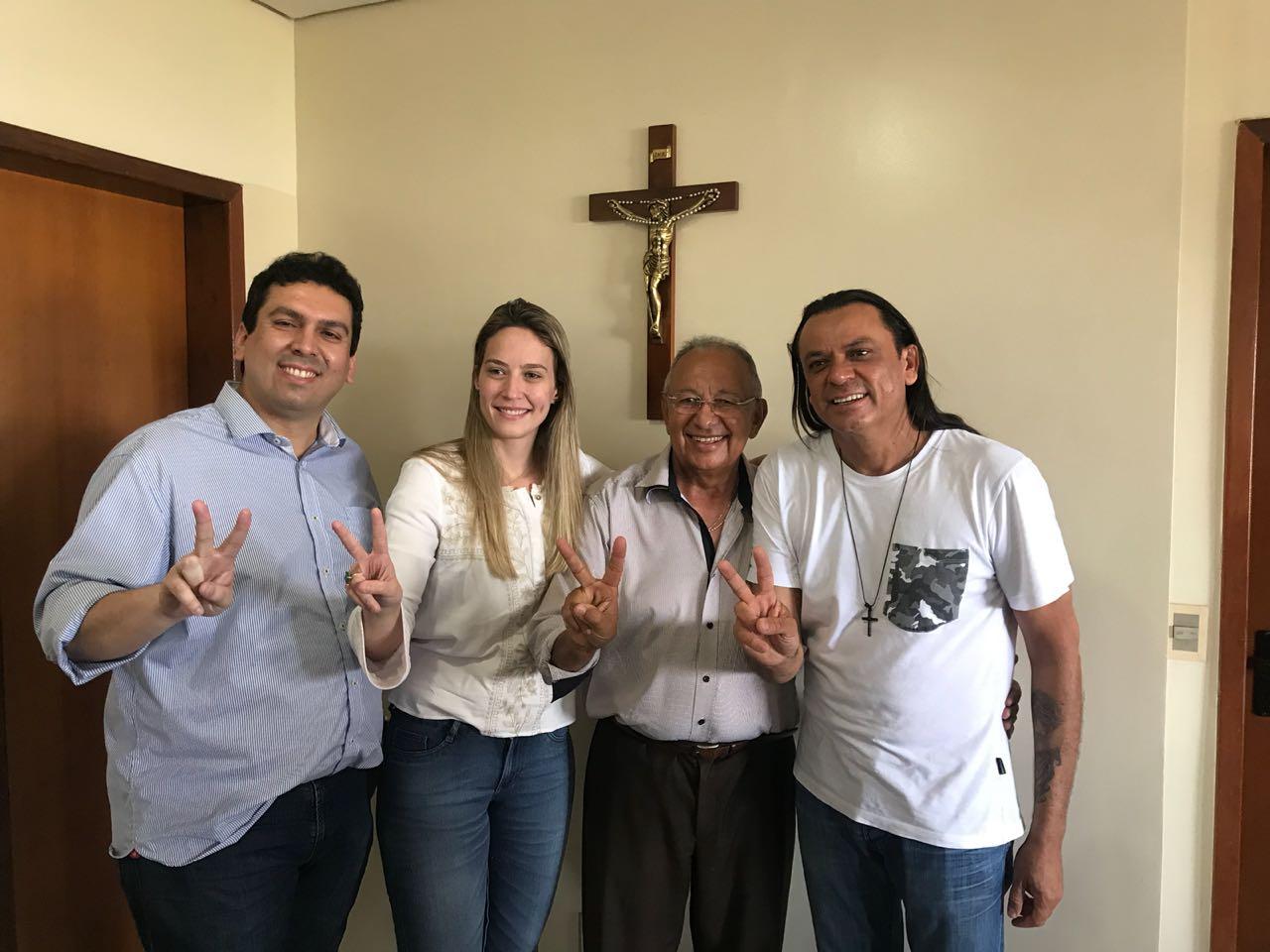 Deputado Evaldo Gomes, Vanessa Tapety, Dr. Pessoa e Frank Aguiar.