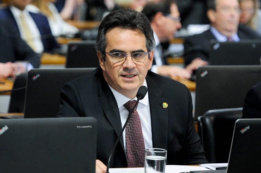 Senador e empresário Ciro Nogueira.