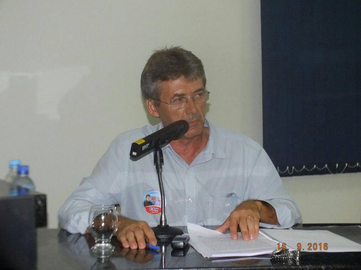 Prefeito de Dom Expedito Lopes, Valmir Barbosa.
