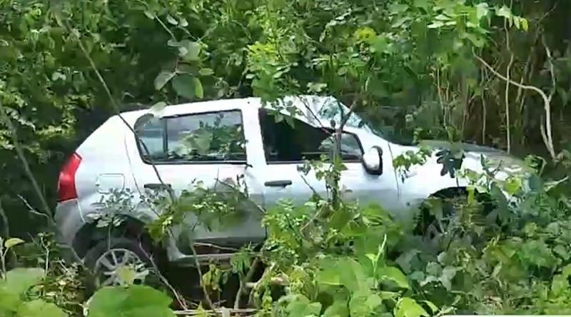 Os passageiros não tiveram ferimentos porque estavam com cinto de segurança