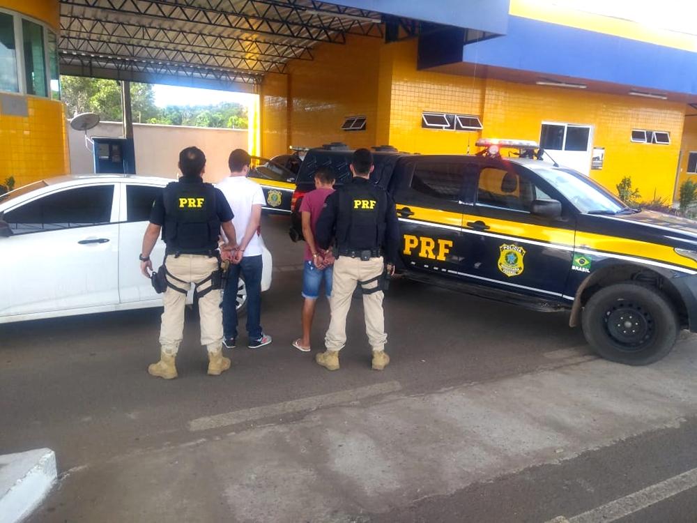 Dois homens foram detidos pela PRF na BR-230.