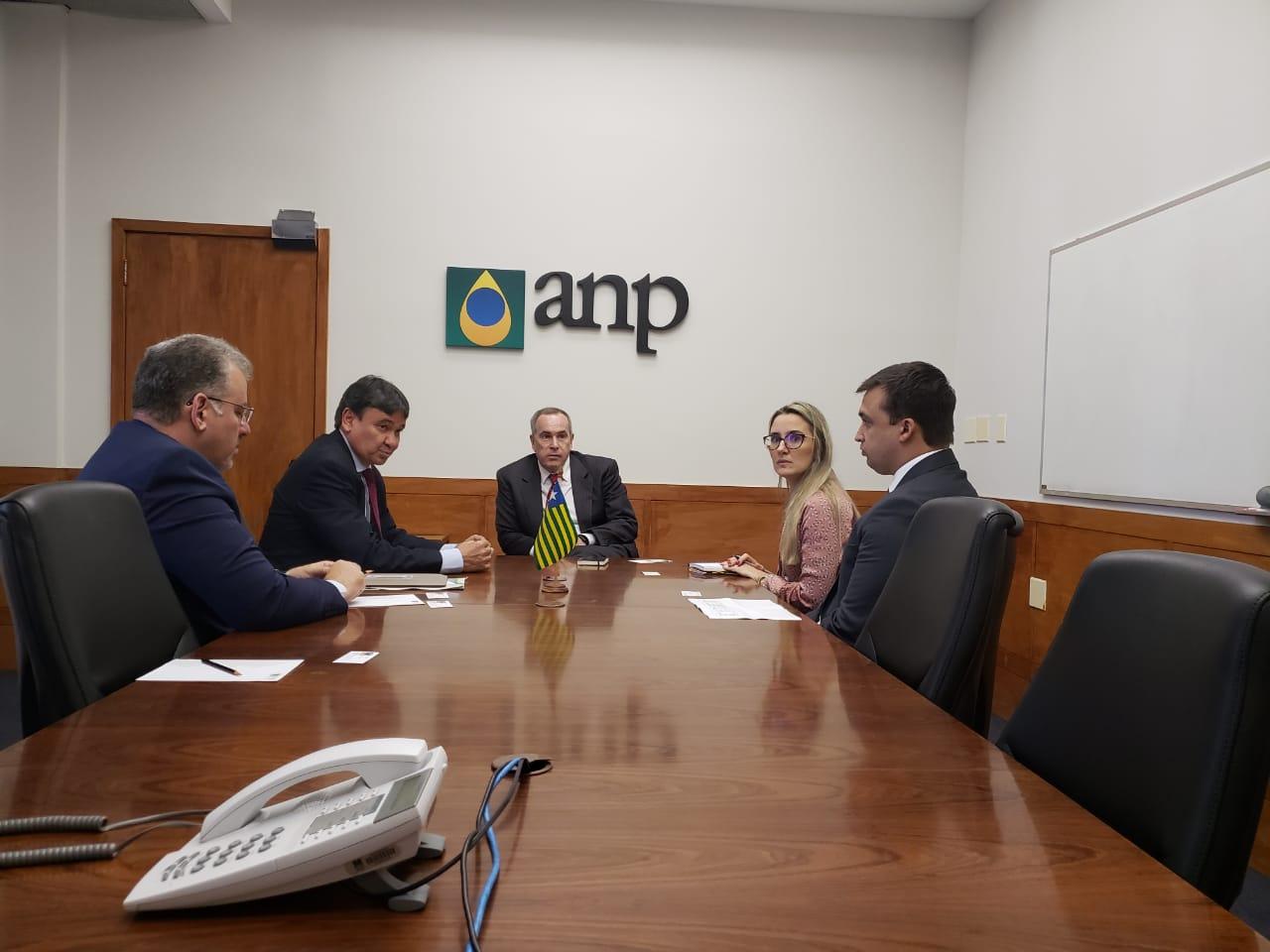 Reunião aconteceu nesta quarta-feira (18).