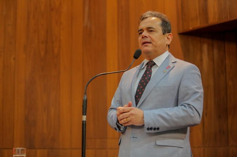 Deputado Henrique Pires (MDB).