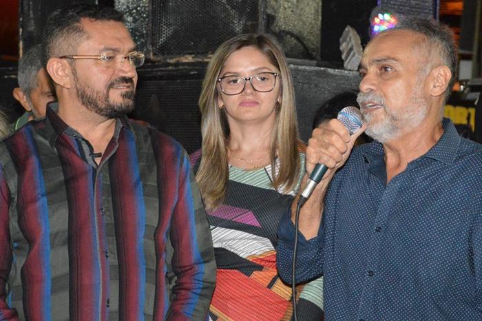 Padre Walmir, Maria Santana e Araujinho.