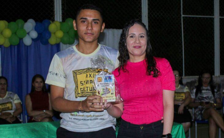Carmo dos Santos, de 17 anos.+
