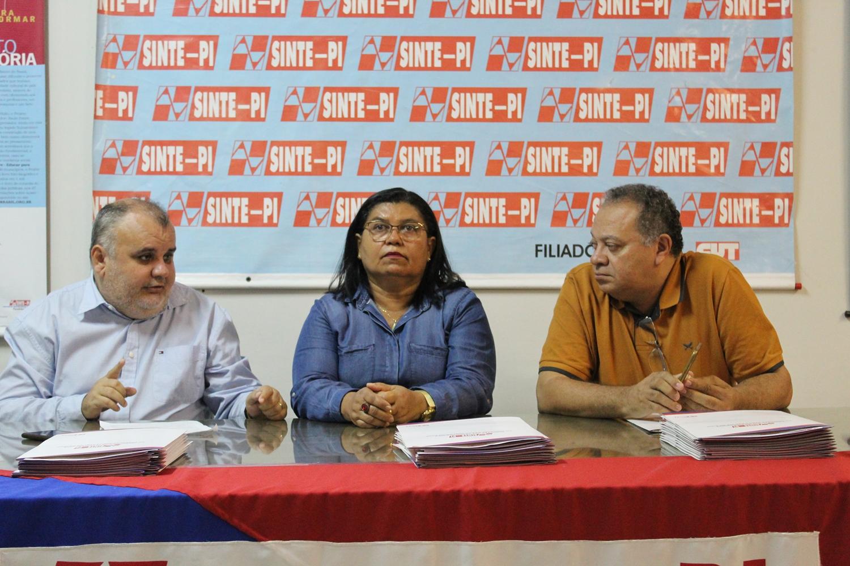 Professores continuam em greve após Sinte-PI rejeitar proposta do governo 2