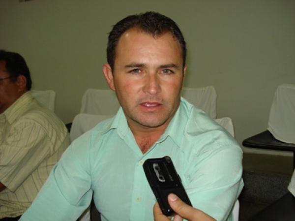 Ex-prefeito Rinaldo Francisco de Oliveira.(Imagem:Reprodução)