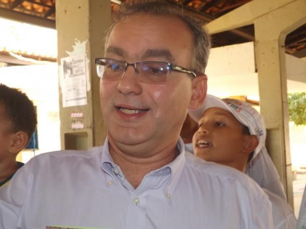 Prefeito Firmino Filho(Imagem:Reprodução)