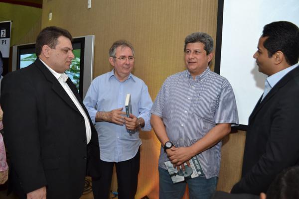 Vice-governador Zé Filho com o deputado Gessivaldo Isaias.(Imagem:Divulgação)